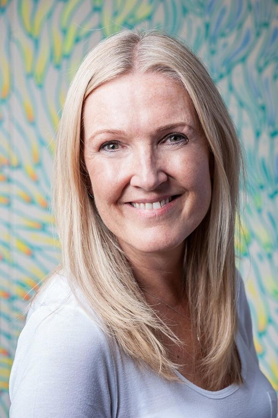 Portrait of Fiona Mullan - Chief People Officer at Ding