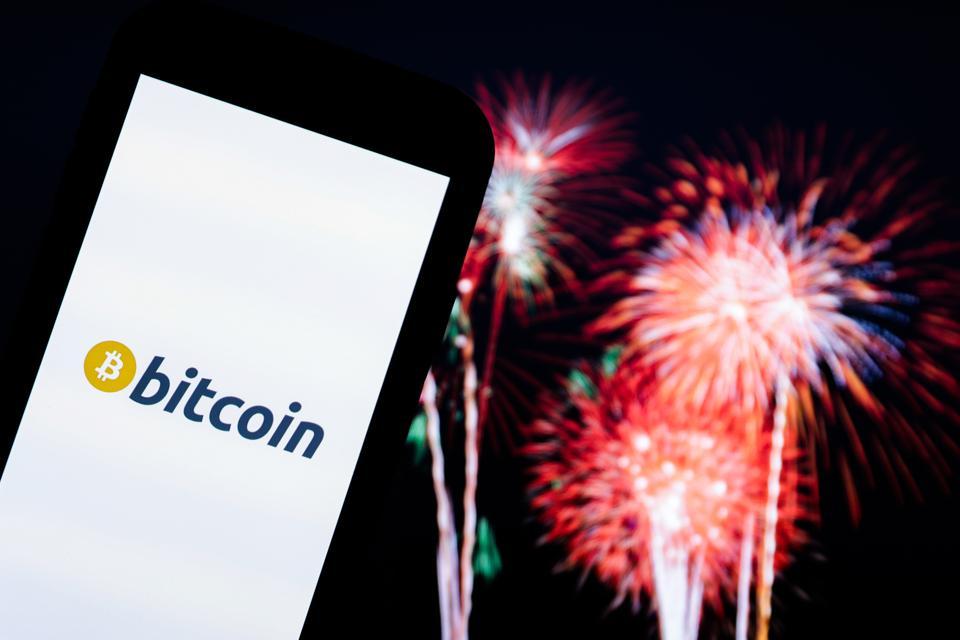 ビットコイン、ビットコイン価格、ビザ、テスラ、グーグル、アップル、画像