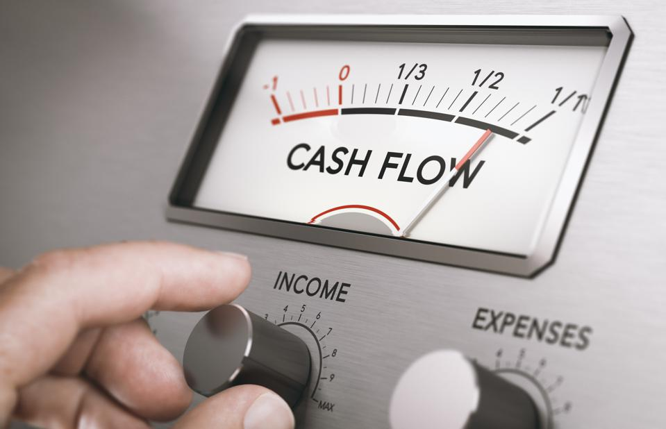 Maximizing cash flow helps to attract investors