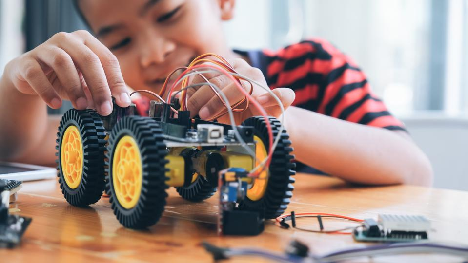 Tackling Our STEM Education Challenge: Innoverge