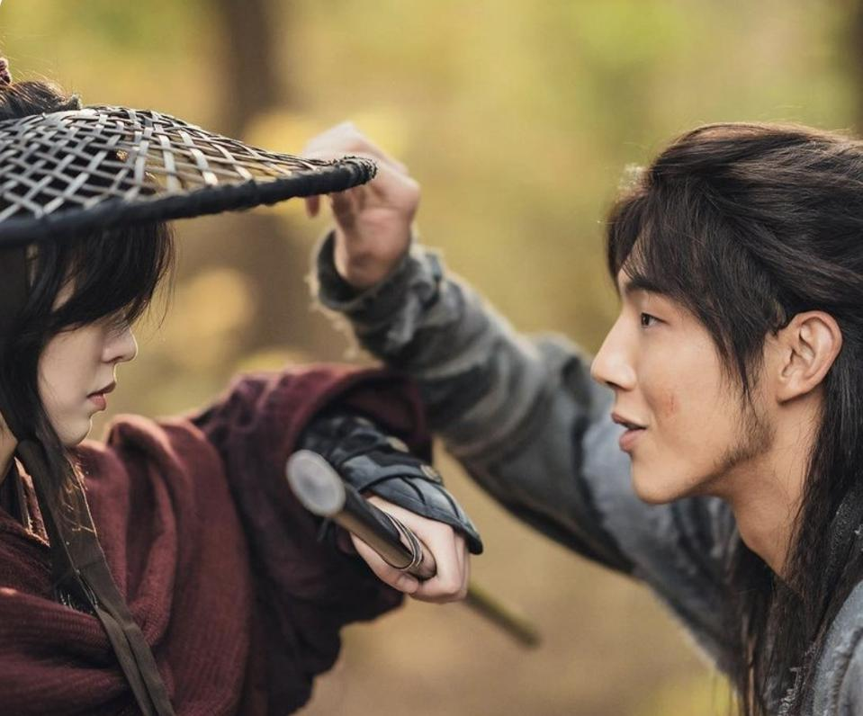 Kim So-hyun plays Princess Pyeonggang and Ji Soo plays her protector On Dal.