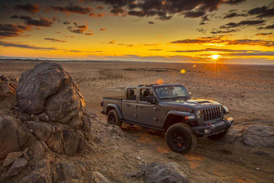 2021 Jeep Gladiator Mojave Sunset