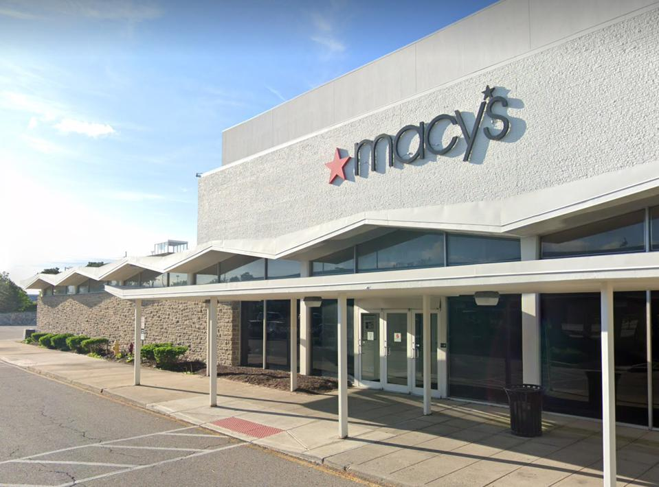 Macy's closing Cincinnati
