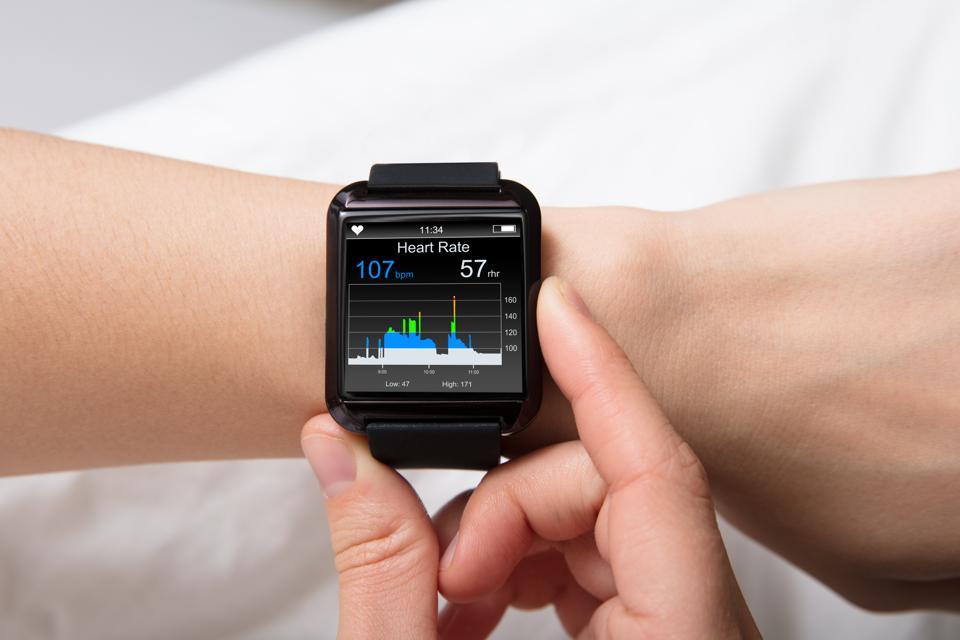 Heart Beat Monitor On Smart Watch