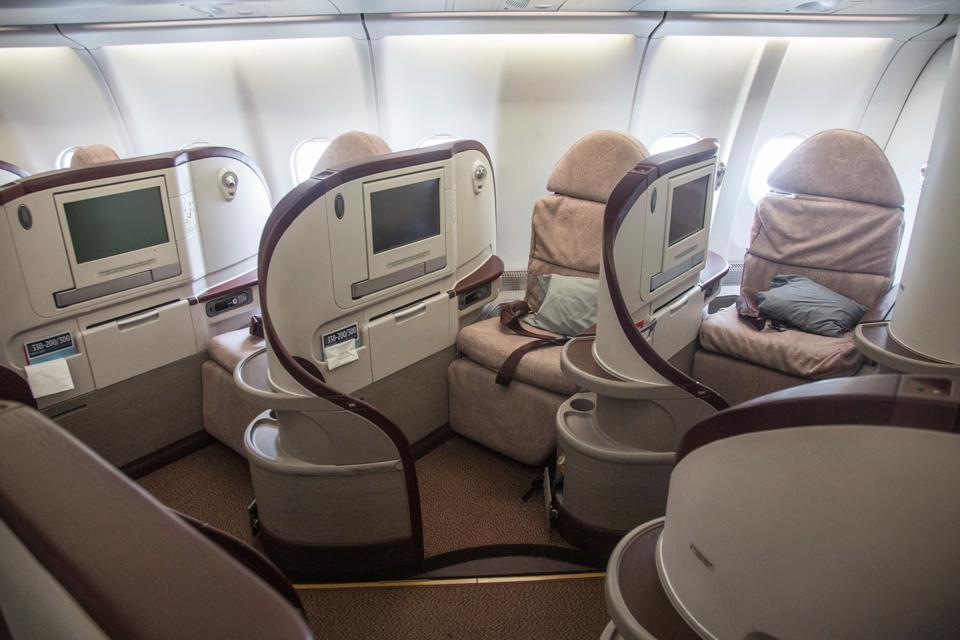 Premium seats have historically kept airlines afloat, bringing in up to 75{540ccc4681f92a8237c705b0cdebbb9da373ec200da159e6cc1fd9f393be00be} of revenue