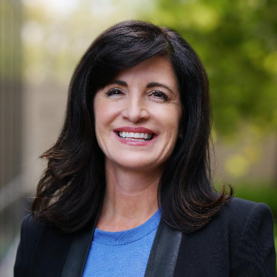 Kelly Steckelberg, CFO, Zoom