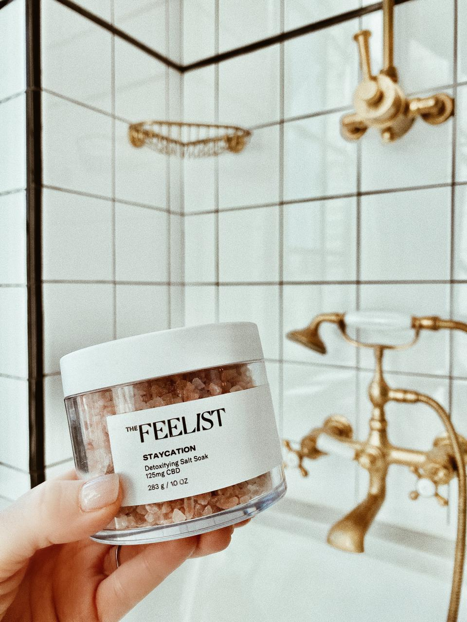The Feelist Staycation Detoxifying Salt Soak