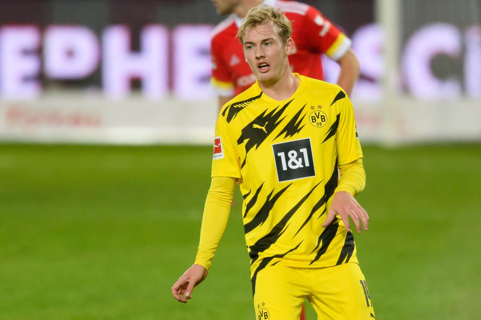 Julian Brandt To Arsenal? Axel Witsel Injury Puts An End To Speculations