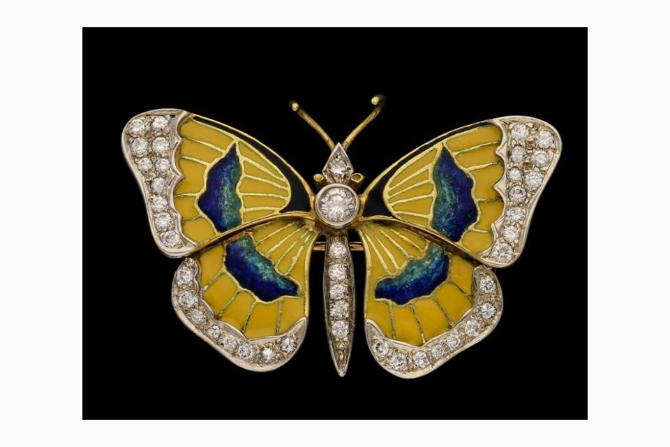 A vintage brooch from Van Cleef & Arpels