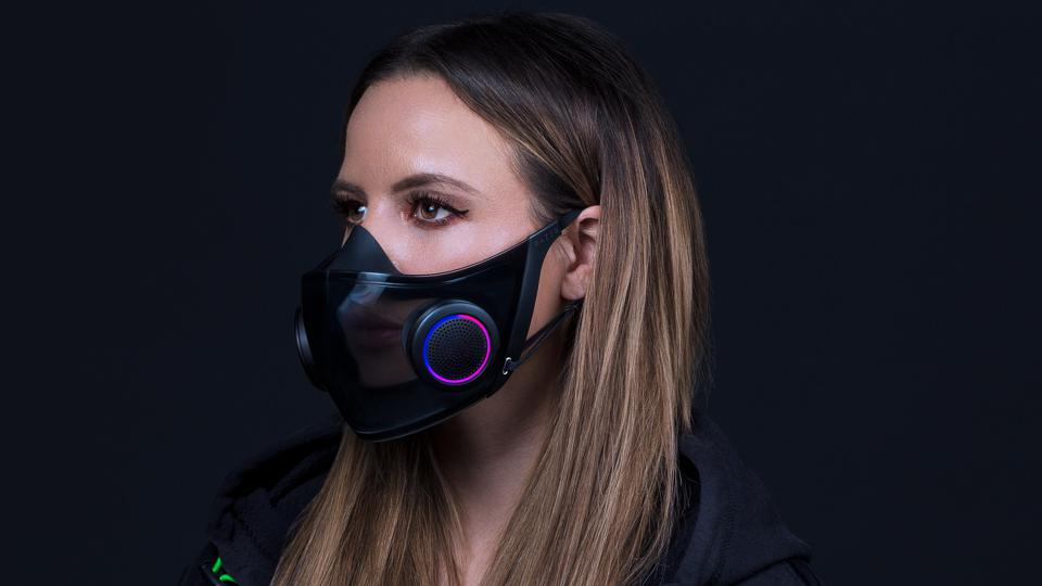 model wearing facemask with LED effect on ventilator