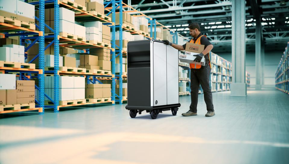 General Motors announced its new BrightDrop commercial electric vehicle business unit including the EP1 cargo pallet during CES 2021