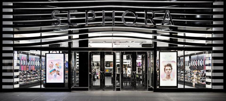 storefront for Sephora beauty store