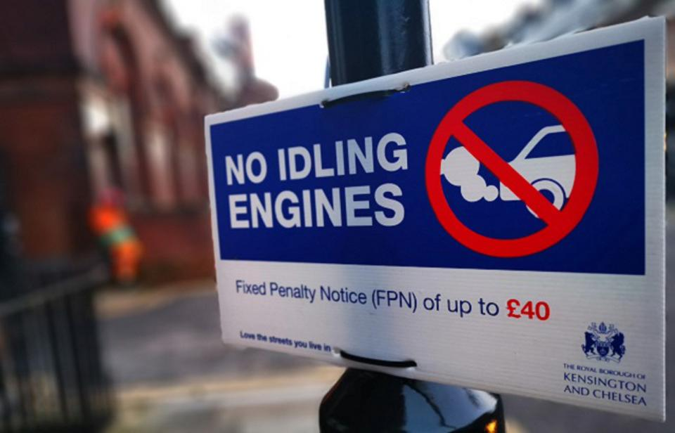 A sign for truck drivers that reads 'no idling engines'.