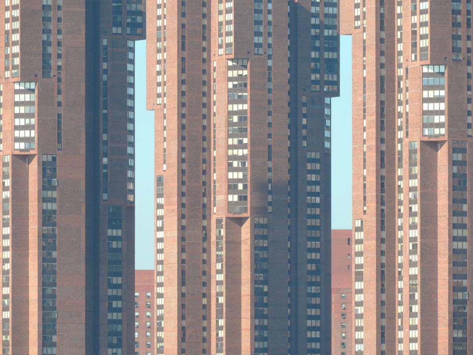 Architectural photography 'waterside plaza' buildings in manhattan by Nikola Olic.
