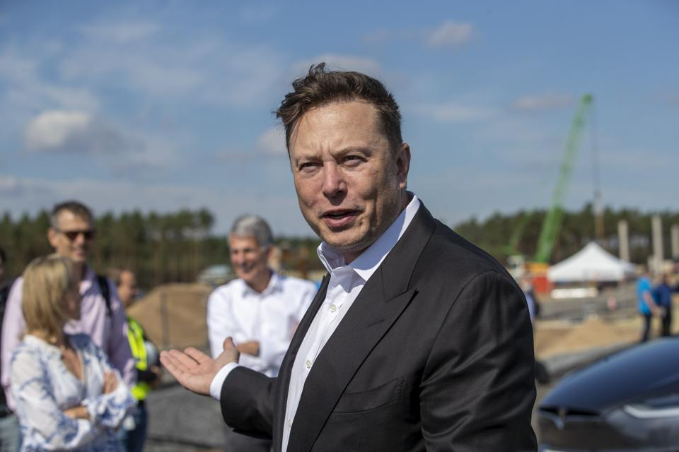 Elon Musk thăm Đức