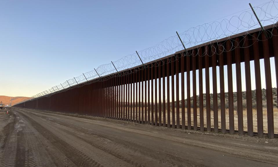 president donald trump's border wall