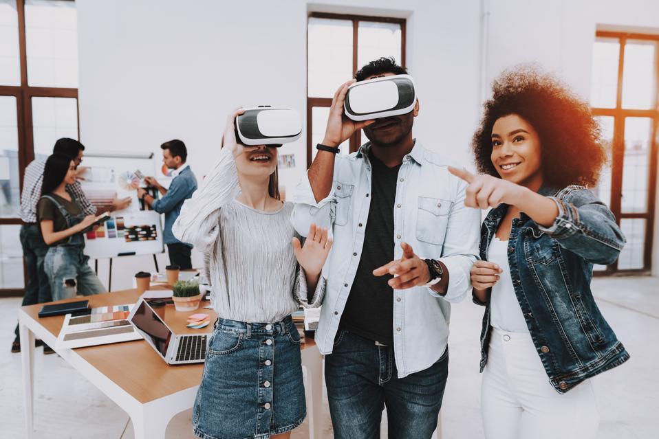 Brainstorming. Virtual Reality Glasses. Look.