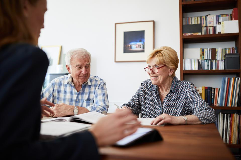 5 Signs It's Time To Find A New Advisor In 2021
