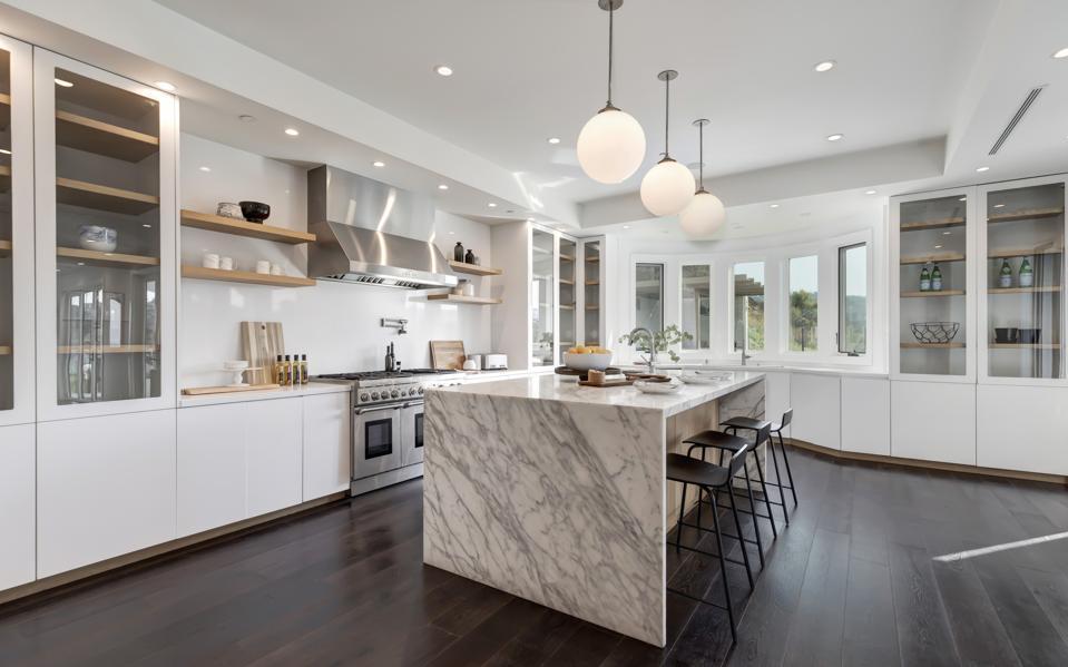 A center-island kitchen.