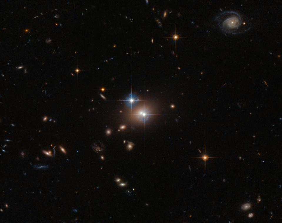Hubble Space Telescope image of the Twin Quasar: QSO 0957+561.