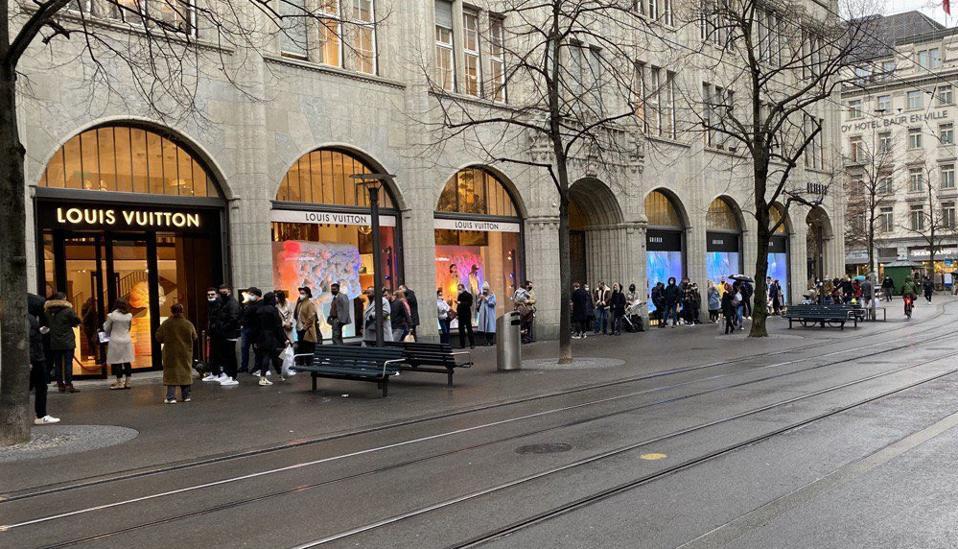 Louis Vuitton Store Zurich, December 22, 2020