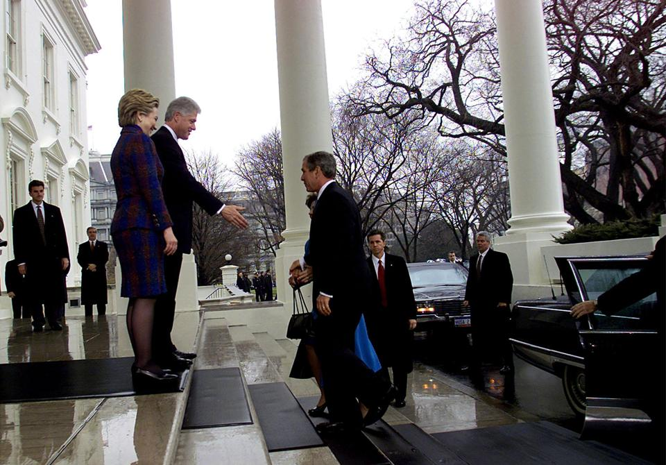 Outgoing US President Bill Clinton and First Lady,