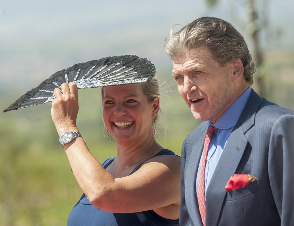 King Juan Carlos Inaugurates Macan Winery