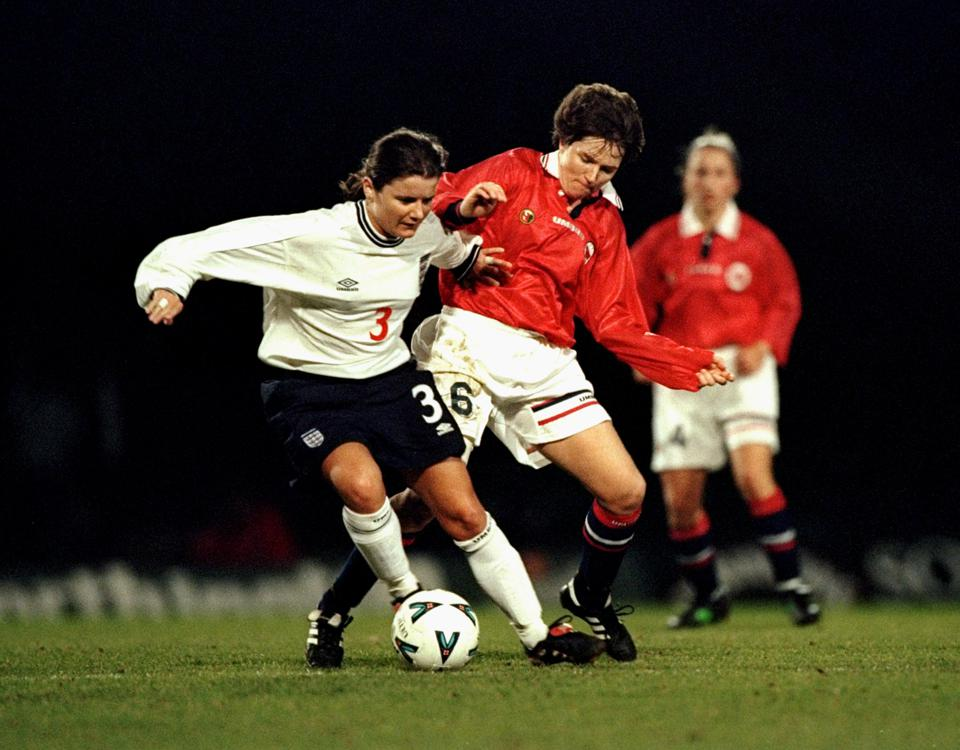 Becky Easton and Hege Riise