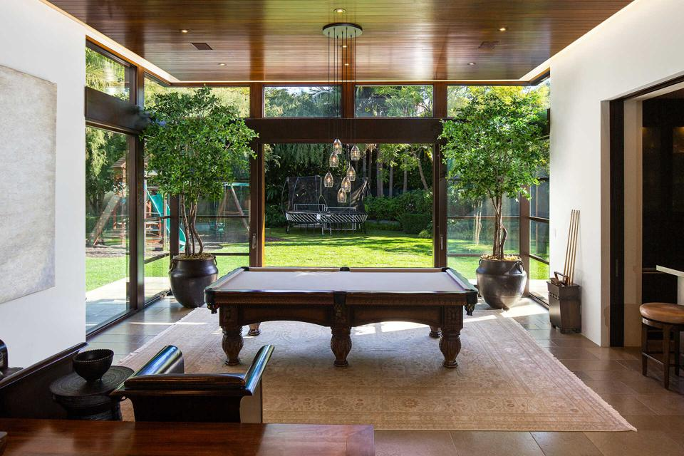 Indoor and outdoor recreation area at home