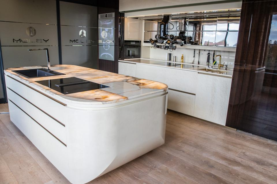 Robotic kitchen module