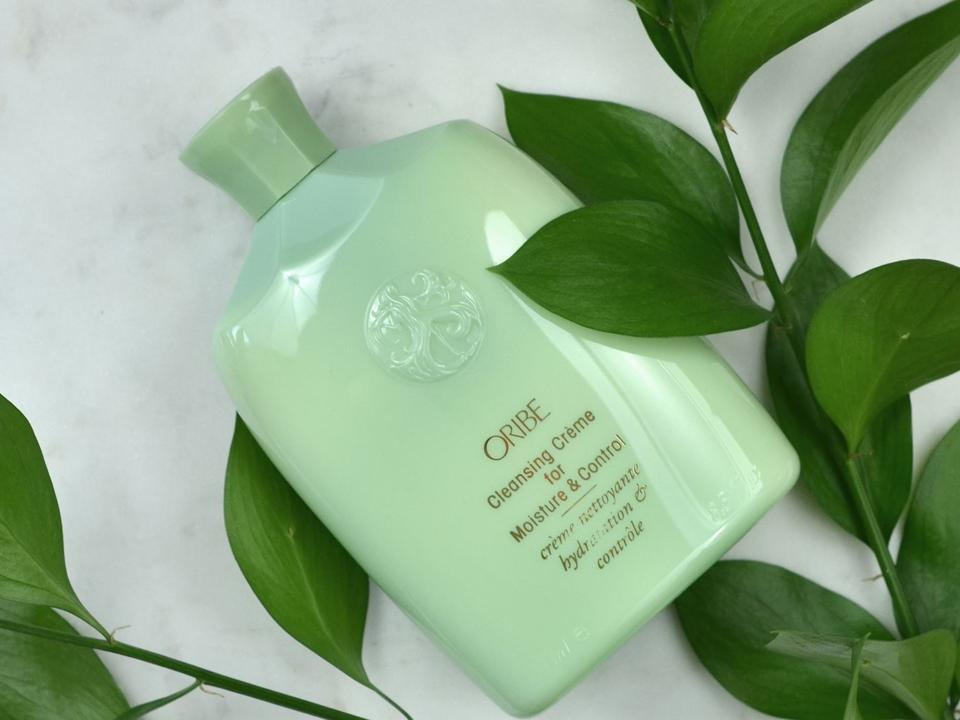 Best haircare, natural, wellness and beauty. luxury shampoo
