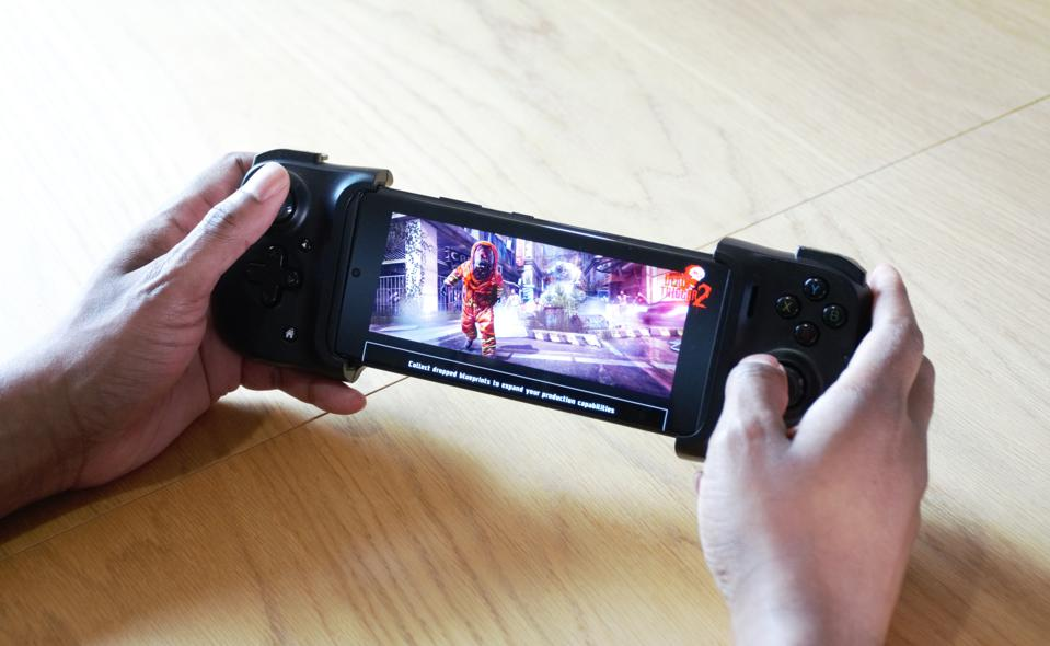 The Galaxy S21 Ultra is futureproofed for gaming.