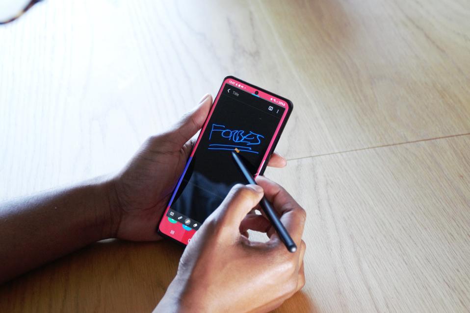 La S Pen ora funziona con il Samsung Galaxy S21 Ultra.