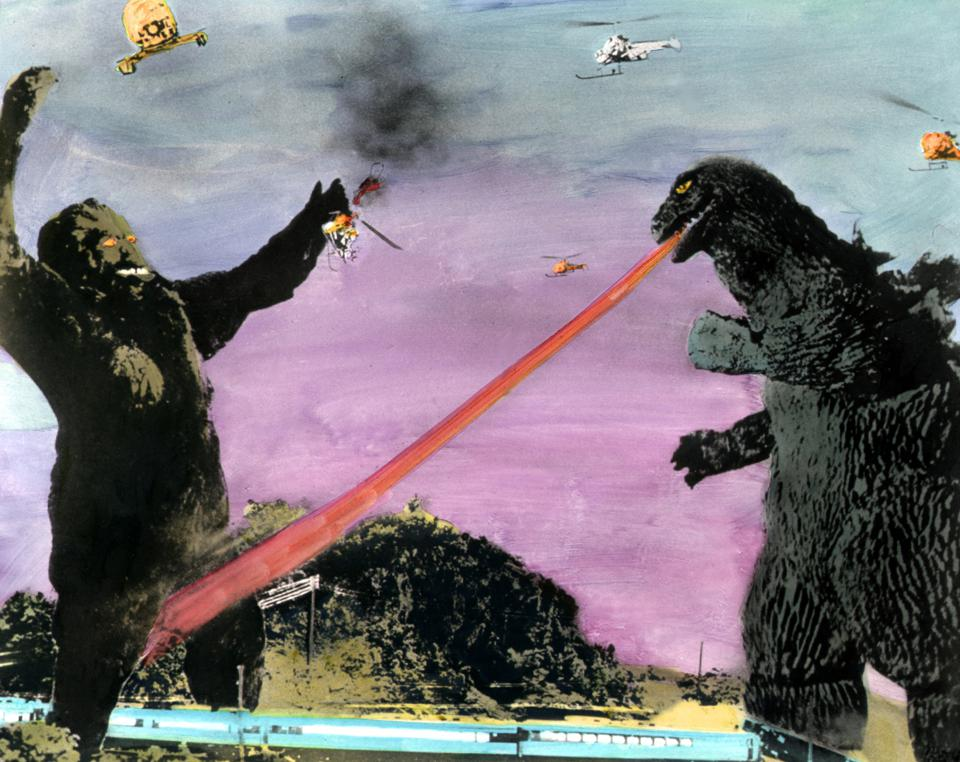 King Kong fighting Godzilla