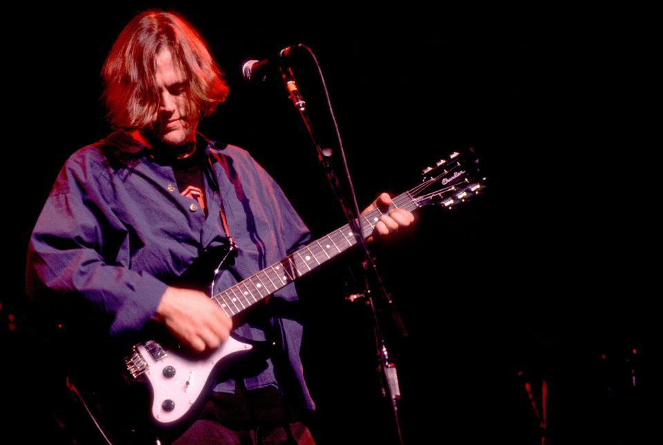 Matthew Sweet performs on stage at the Chicago Theatre - Chicago, Illinois, June 30, 1992. (Photo by Paul Natkin/Getty Images)
