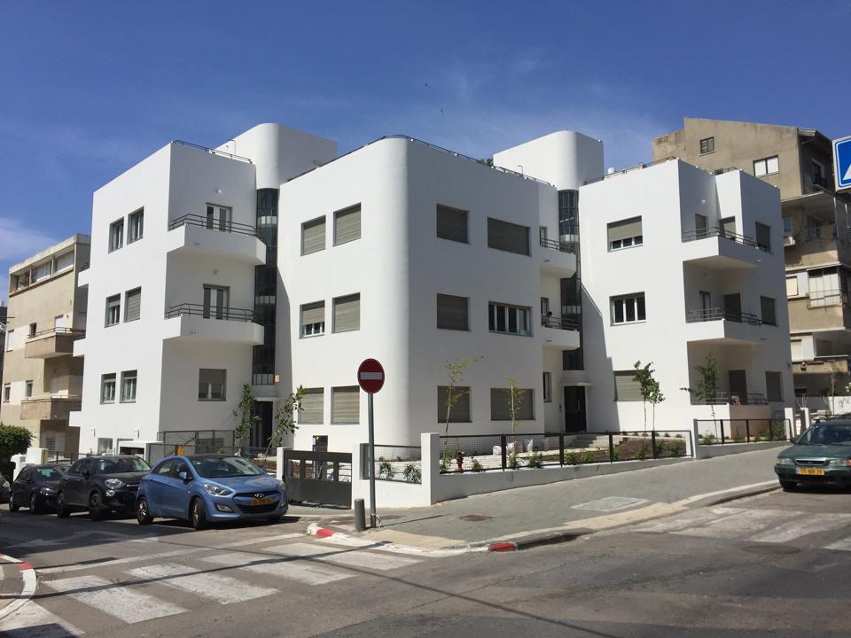 Bauhaus building Rothschild Boulevard, White City, Tel Aviv