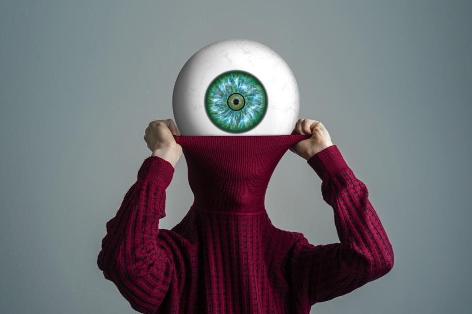 The indiscreet eye