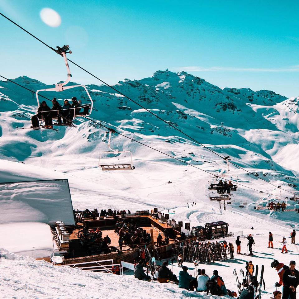 Buy lift tickets in advance on Liftopia and save.