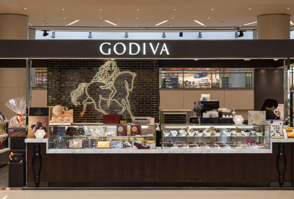 Godiva chocolate store display