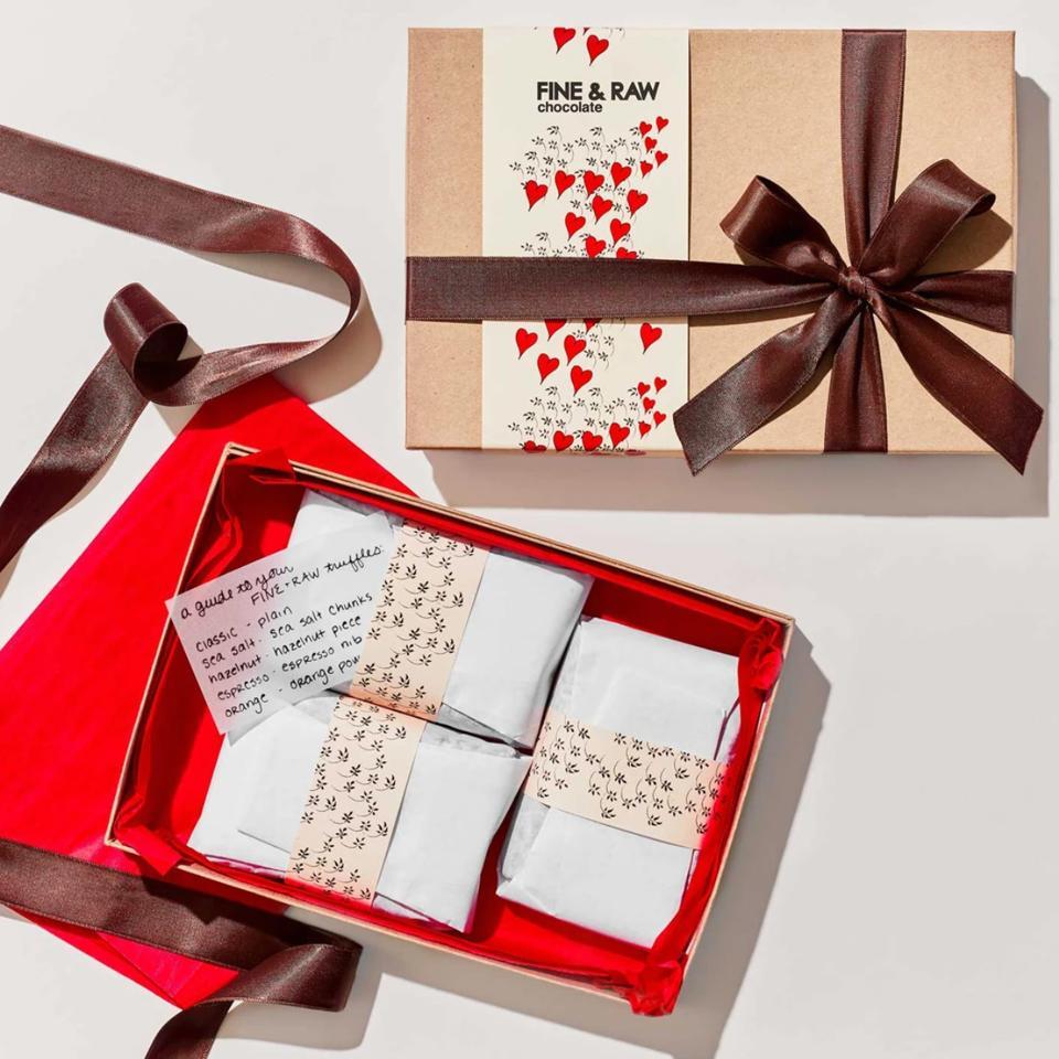 Fine & Raw Valentine's 24 Piece Truffle Set
