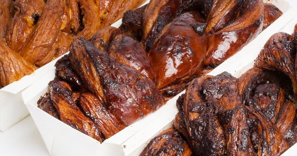 Breads Bakery Chocolate and Cinnamon Babka - 3 Pack