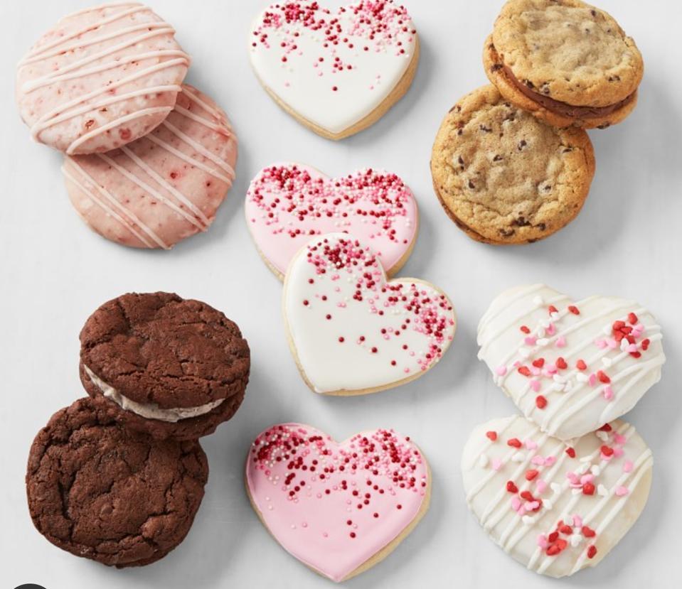 ellenJAY Valentines Cookie Box
