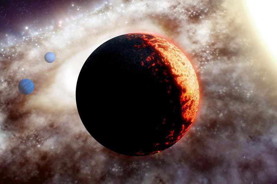 The exoplanet TOI-561b, the closest planet to the star TOI-561 observed by NASA's TESS.