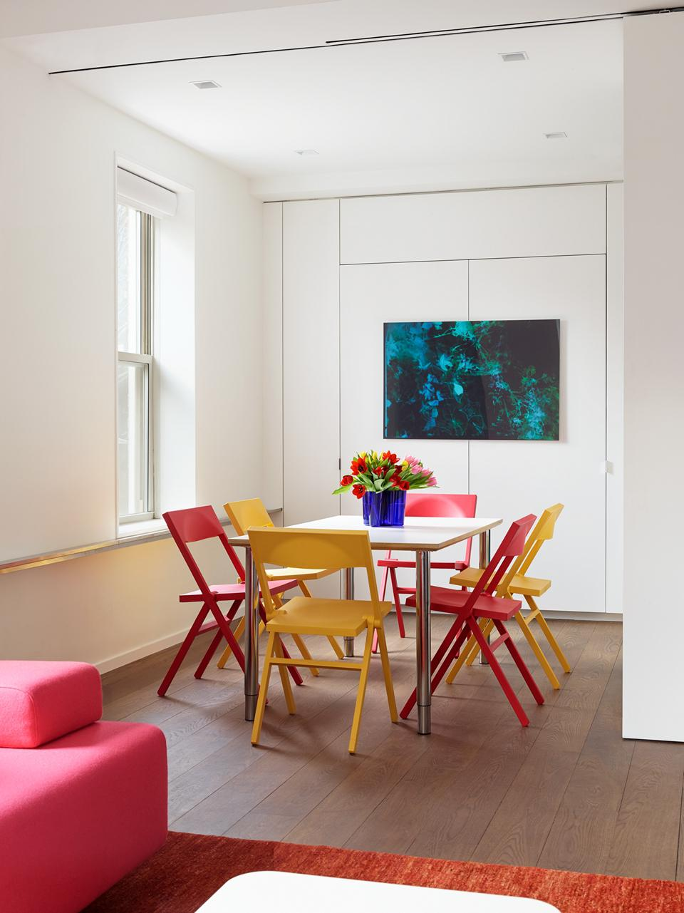 The dining nook in a Manhattan apartment.