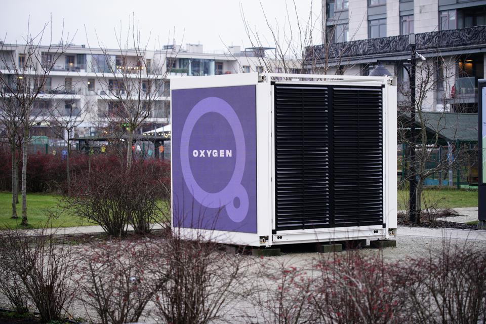 World's First City Air Pollution Filter In Warsaw