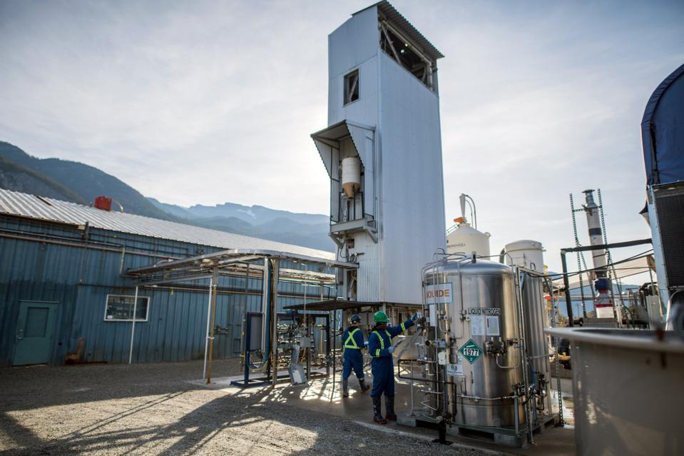 Operations At A Carbon Engineering Direct Air Capture Pilot Facility