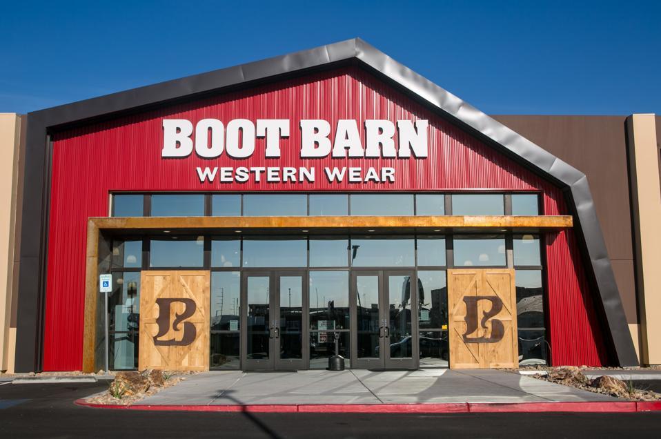 Boot Barn earnings