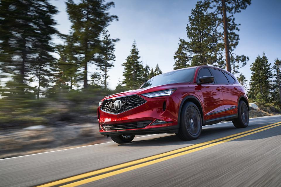 2022 Acura MDX Driving