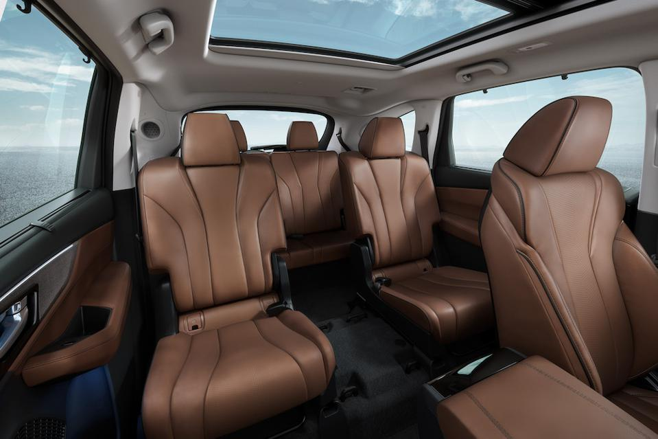 2022 Acura MDX Captain's Chairs