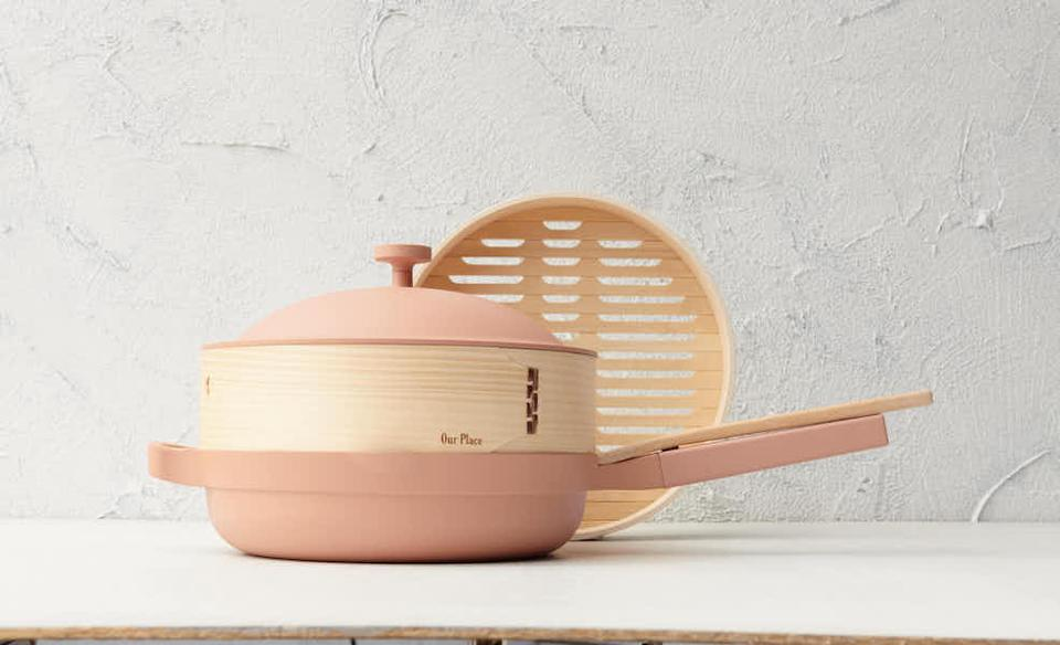 pink pan with steamer